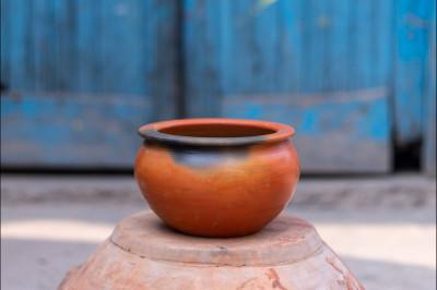 Dahi Handi (750 ml)(#1311)-gallery-0