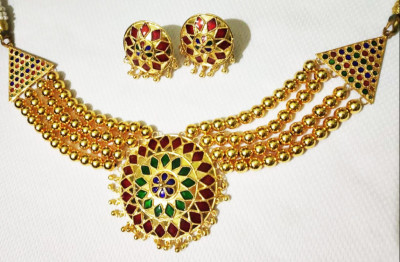 Golden glowing precious stones studded Japi Jewellery for Women(#1553)-gallery-0