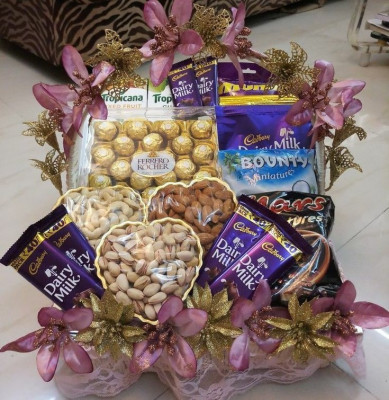 Festival Chocolate and Dry fruits Hamper(#1877)-gallery-0