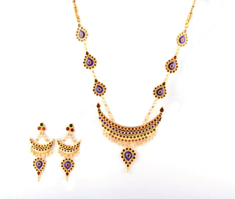 Designer Jewellery Set 'Junbiri Doogdoogi Haar' (Multicolored)(#212)-gallery-0