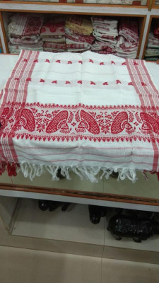 Traditional Cotton Gamosa from ASSAM(#352)-gallery-0