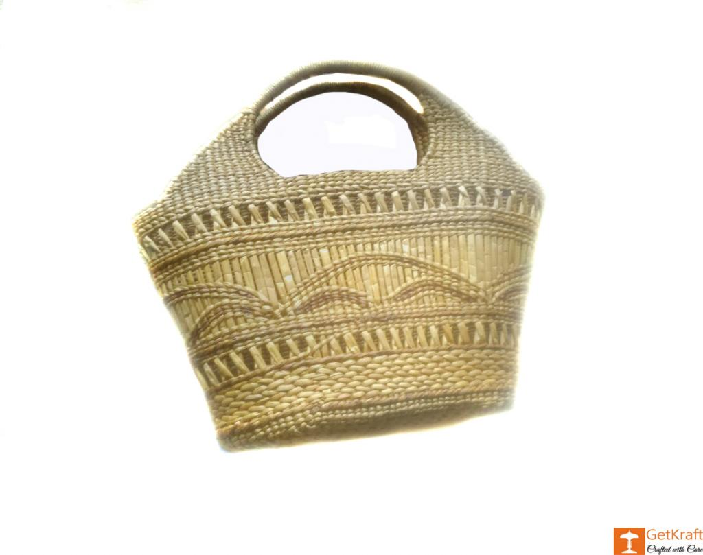 Large Natural Straw Handbag with beautiful design(#580)-gallery-0