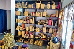 Office Handicraft Products showroom showcase